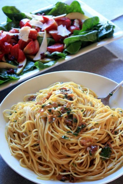spaghetti carbonara photo: Elizabeth Poisson