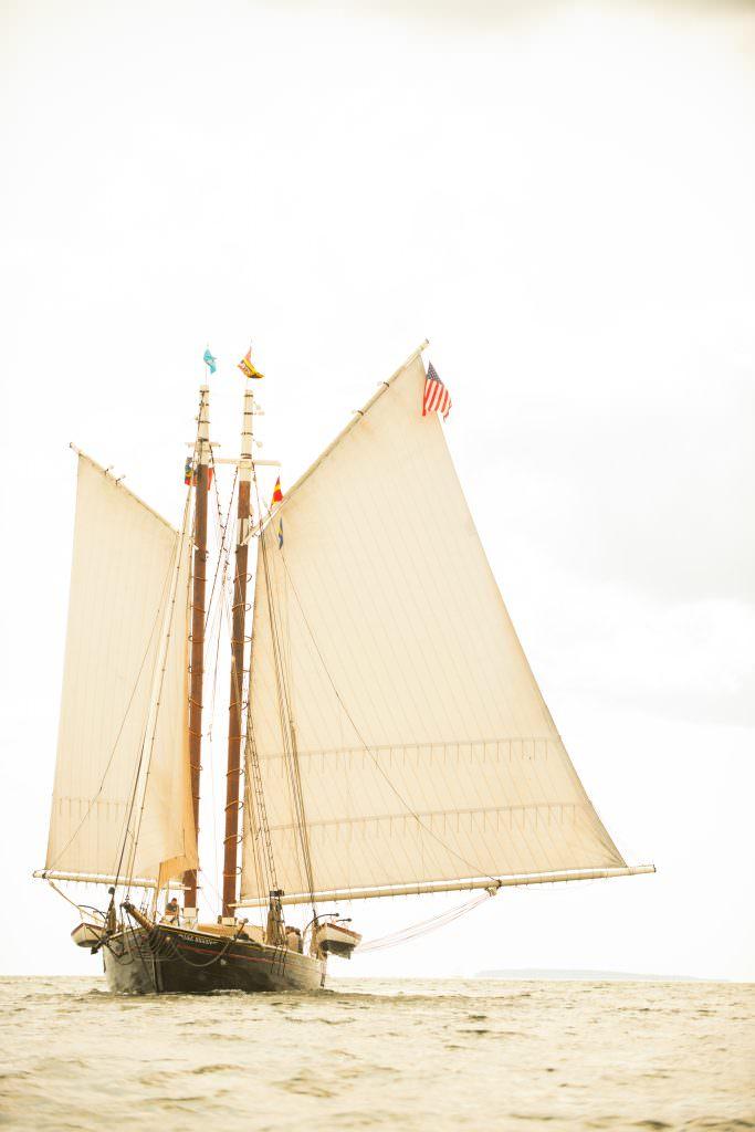 schooner j. & e. riggin Maine windjammer photo: Doug Merriam