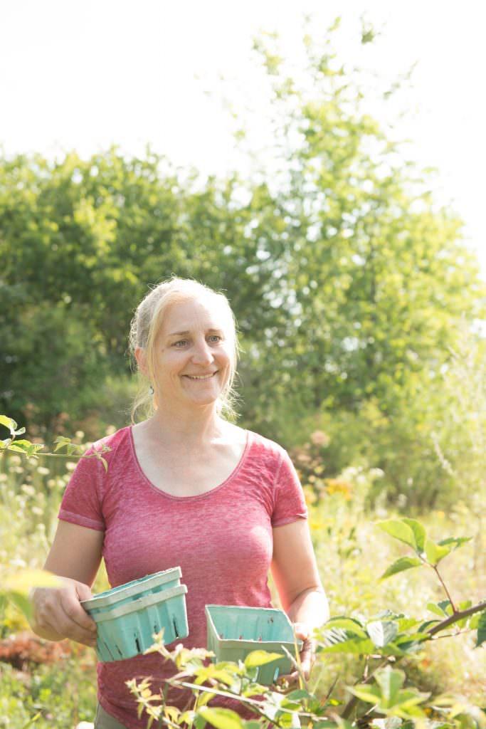 annie mahle gardening photo: Doug Merriam